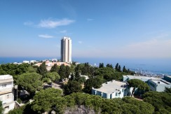 The Best View In Haifa! Now for Exclusive Sale at Mercaz Ha'carmel: 132 Sq.m Luxury apartment