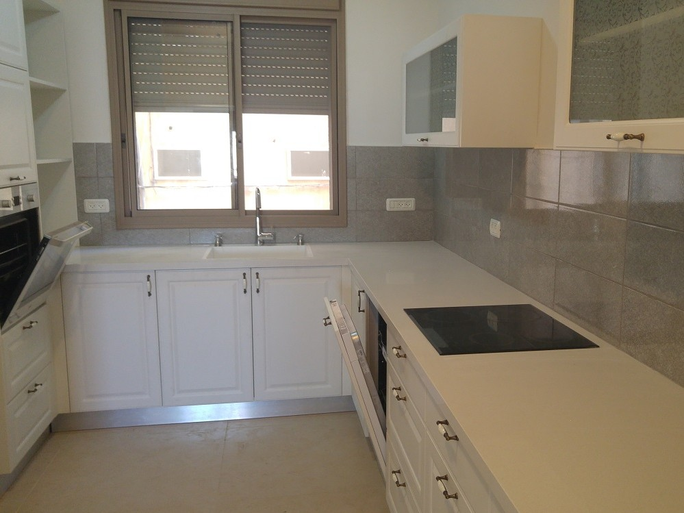 """למכירה בבלעדיות בחיפה! דירת 5 חדרים חדשה: רח' הלל, """"השנקין"""" החיפאי!"""