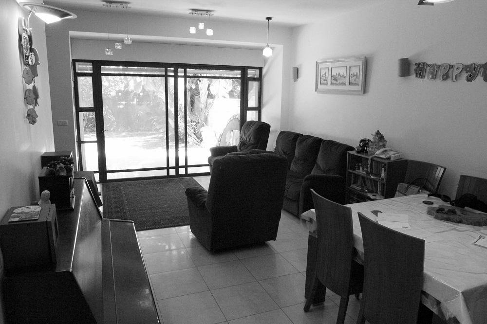 למכירה בבלעדיות, במרכז כרמליה, חיפה – במיקום מעולה, דירת גן נהדרת
