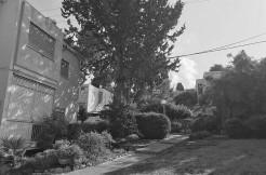 למכירה בבלעדיות במחיר נח, דירה מקסימה (עליונה עם גישה נוחה) לאכלוס מיידי בלב הקיבוץ החיפאי!