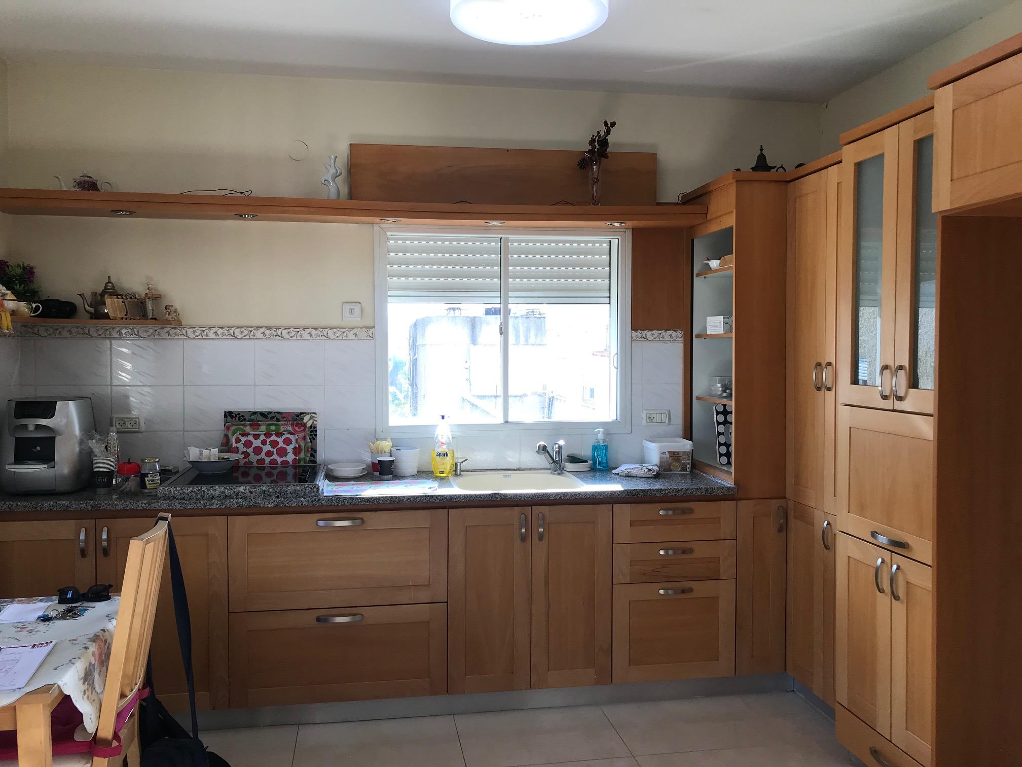 בבלעדיות, במרכז מוצקין, דירת שלושה וחצי חדרים + גג צמוד בטאבו